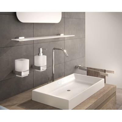 Falra szerelhető fürdőszobai szett